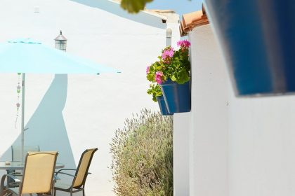 DIY: How To Create Your Own Andalusian Inspired Wall Pots