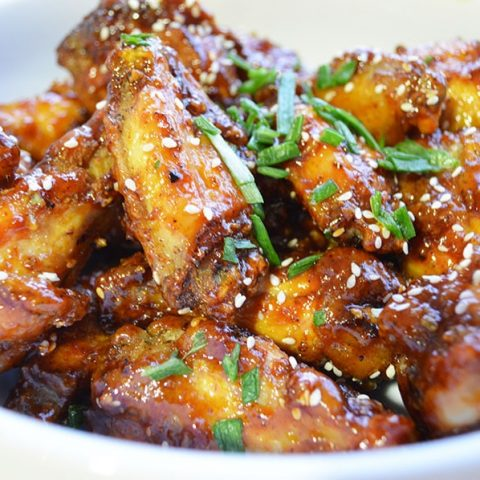 Korean Style Crunchy, Sweet And Spicy Chicken Wings